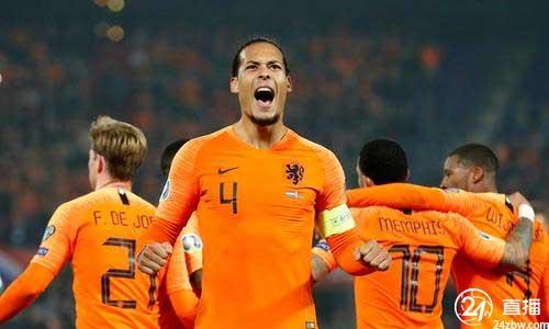 西多夫:荷兰国家队和利物浦无人能取代范戴克