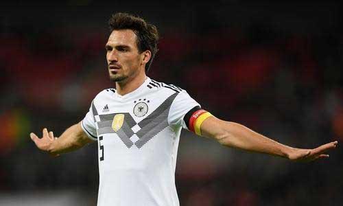 胡梅尔斯:看德国队比赛会有些打击,合同结束可能选择退役